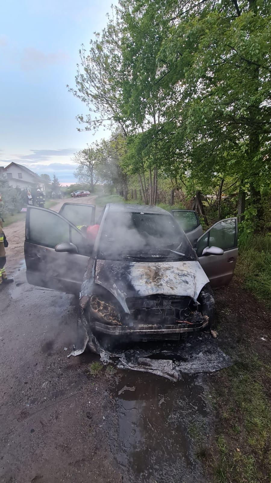 pozar-samochodu-obrzycko5
