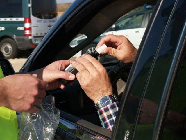 Funkcjonariusz Aresztu Śledczego zatrzymał nietrzeźwego kierowcę