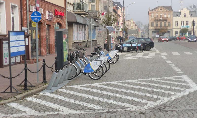 Absurdalna decyzja? W Szamotułach zawieszono system rowerów miejskich