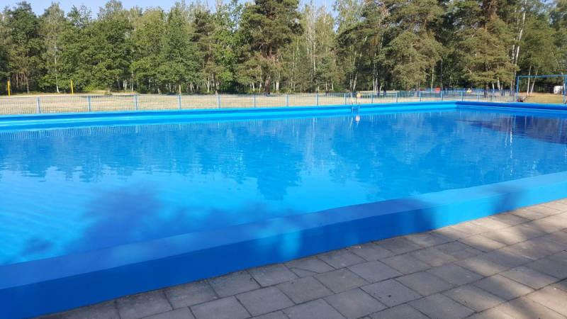 Szamotuły. Na basenie letnim pojawi się tor przeszkód