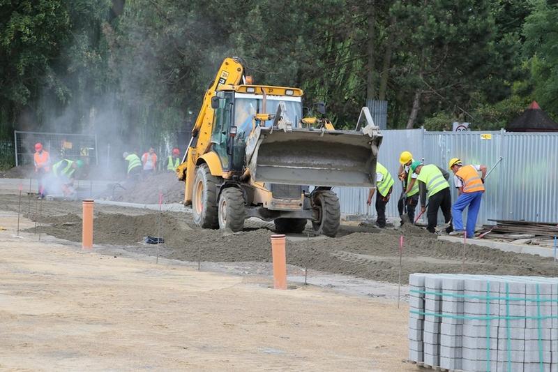 Postęp pracy przy przebudowie targowiska miejskiego