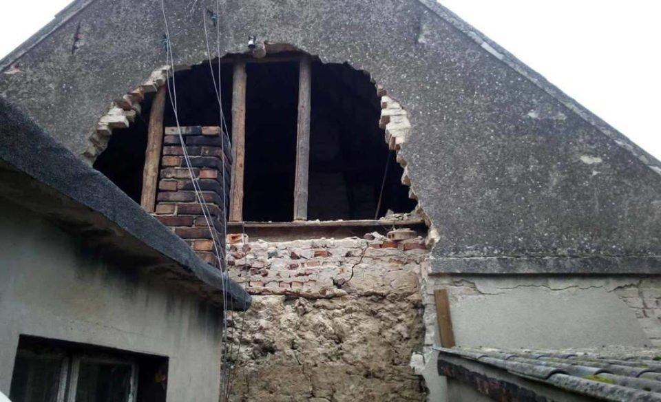 Podrzewie: zawaliła się ściana budynku mieszkalnego