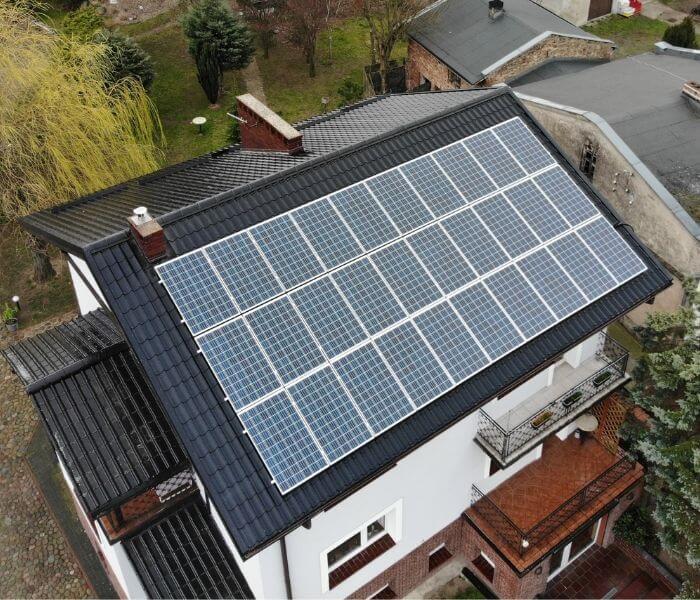 Fotowoltaika – czy inwestycja w panele słoneczne jest opłacalna?