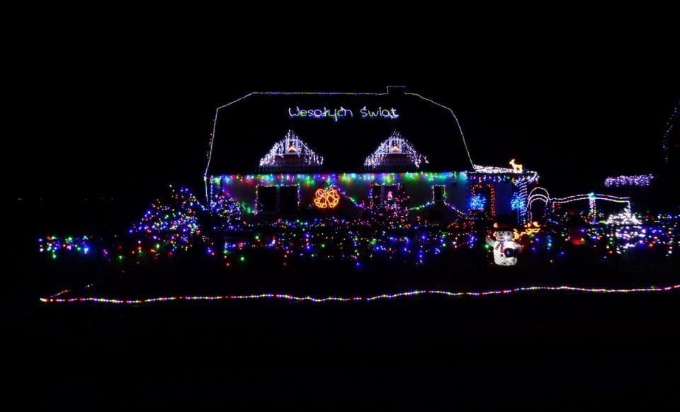 Niezwykłe świąteczne dekoracje w Biezdrowie [ZDJĘCIA, FILM]
