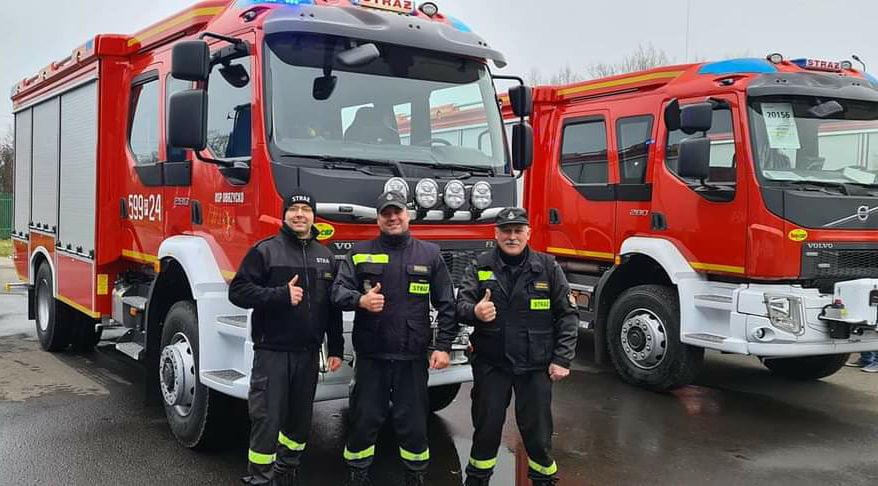 Druhowie z Obrzycka odebrali nowy pojazd ratowniczo-gaśniczy