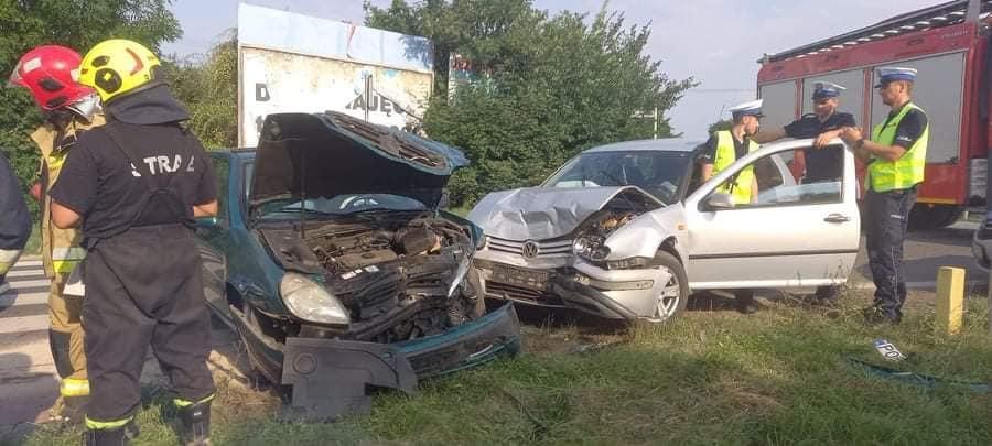 Bytyń. Kierowca golfa spowodował wypadek. Był pod wpływem alkoholu i nie posiadał prawa jazdy